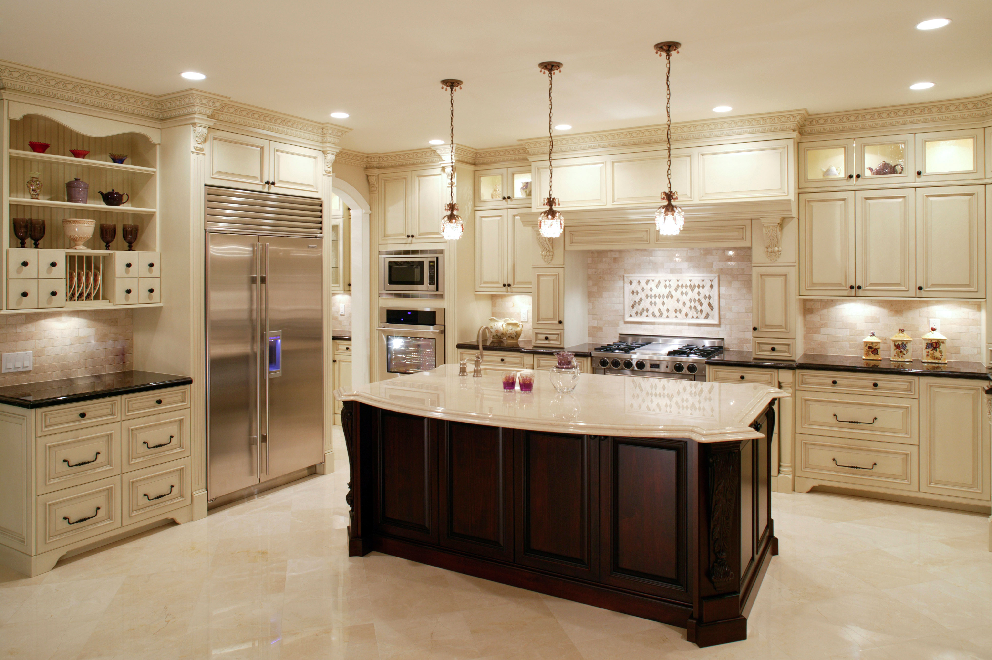 Kitchen Design - A beautiful white traditional kitchen with an island